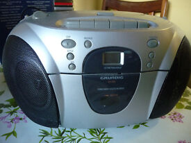 'Grundig' radio, CD and cassette stereo player/recorder.