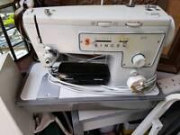 Singer sewing machine 413