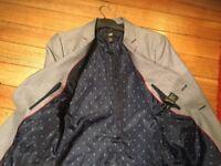 H & M JACKET size EUR 50. Lined. Pockets still sewn together. BARGAIN PRICE.