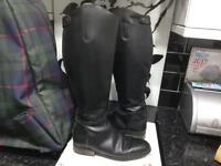 Leather black horse riding boots