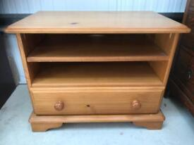 Pine Tv stand FREE DELIVERY PLYMOUTH AREA