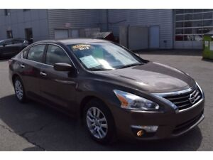2013 Nissan Altima 2.5 S/AC/CRUISE/BLUETOOTH