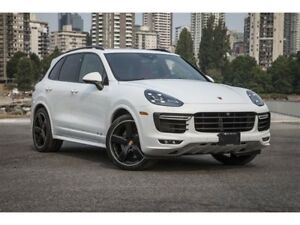 2018 Porsche Cayenne GTS w/ Tip *Low km - Like NEW!