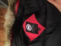 SELLING MENS CANADA GOOSE RED PERFECT CONDITION