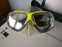 Scuba mask - barely used - and new snorkel
