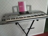 Yamaha PSRS900 Arranger Workstation Keyboard, usb and mic,input, In perfect working order
