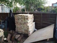 500 ish Arlesey white bricks, reclaimed. cleaned and ready to be picked up.