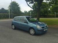 2004 renault clio 1.1 with full main dealer service history