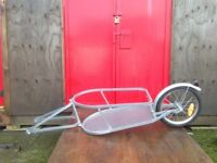 Bicycle trailer... great condition!