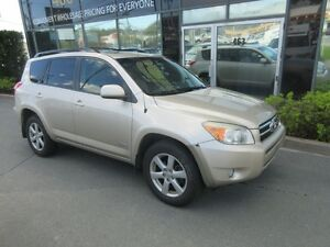 2007 Toyota RAV4 AWD LIMITED WITH LEATHER & MOONROOF
