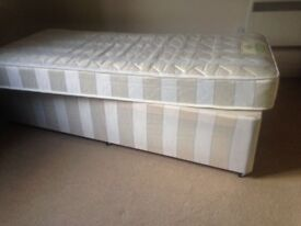 Divan bed (double, can fold into single)