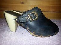 Girls Black Clog Style Slip On Heel Shoes Size 13