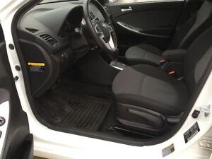 2014 Hyundai Accent GL/PRICED FOR AN IMMEDIATE SALE/ LOW, LOW KM Kitchener / Waterloo Kitchener Area image 14