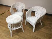 Rattan/basketweave table & 2 chairs