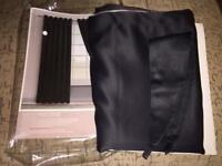 Curtain in black