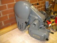 Myford Super 7B (Gearbox) lathe with useful accessories.