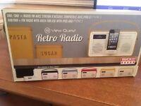 Retro Radio I-Pod dock.