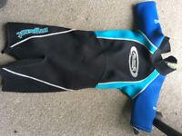 Alder Titanium child's wetsuit ( large) .