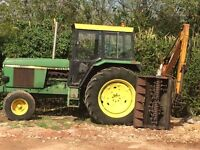 john deere 3140 with hedge cutter