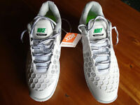 BRAND NEW NIKE AIR MAX XDR (BALLISTEC 4.3) MENS WHITE TRAINERS SIZE 9.5