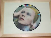 DAVID BOWIE - PICTURE DISC - FRAMED - LIFE ON MARS