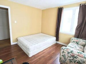 244 Freshwater-Furnished 5bedrms Heat/Light include Close to MUN