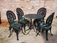 Cast Aluminium garden table and chairs