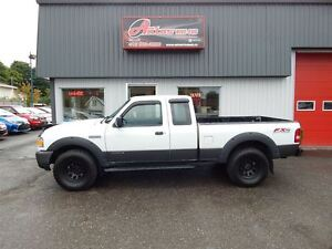 2007 Ford Ranger FX4 OFF ROAD 4.L 4X4 5 VITESSES FULL ÉQUIPÉ BEA
