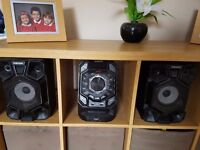 Samsung MX J730 complete mini system 600w, speakers included