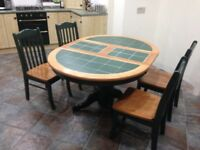 Kitchen table / dining room table