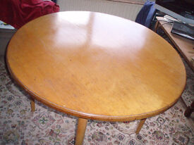 Round dinning room table 41 inch diameter