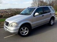 MERCEDES BENZ M CLASS ML 320 AUTOMATIC / TRIPTRONIC # 5 SEATER # LEATHER # PARKING SENSORS # CRUISE