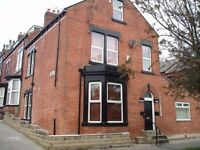 2 bed flat Flat 2 - Wortley Lodge, St Mary`s Close, off Tong Road., LS12 1HP £460pcm