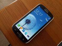 Samsung Galaxy S III / S3 - GT-I9300 - 16GB - Pebble Blue (Unlocked) Smartphone & 8gb micro SD card