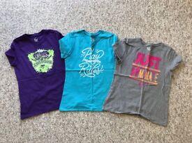 3 Girls Nike T-shirts