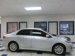 2010 Toyota Corolla SPORT 5 VITESSES !! SEULEMENT 96700 KM !!