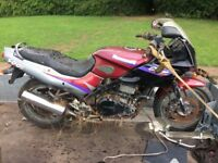 kawasaki Gpz500 for parts. complete with v5 and keys. 200 pounds. Fife collection only.