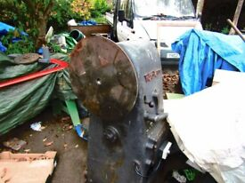 """WADKIN RS WOOD TURNING LATHE PART ONLY OUT BOARD 18"""" FACE PLATE STEEL"""