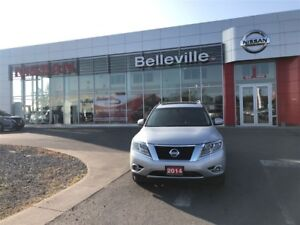 2014 Nissan Pathfinder Platinum 4WD 1 OWNER LOCAL TRADE