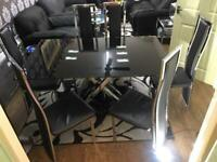 Black glass dining table for sale +6 chairs