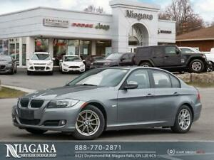 2011 BMW 323 LEATHER | SUNROOF | MANUAL