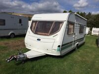 Lunar Chateau 500, with Motor Mover, 5 berth
