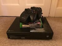Xbox one with extras READ DESCRIPTION