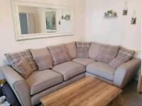 Corner couch SCS