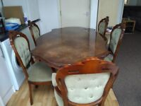 Old World Dining Tables Medium Size with 5 chairs