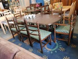 Toledo younger vintage extendable table with 8 chairs