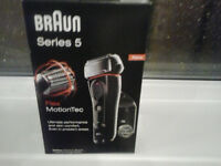 Braun docking razor series 5