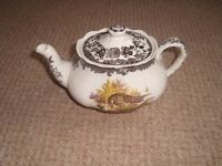Palissy Game Series Teapot in excellent condition.
