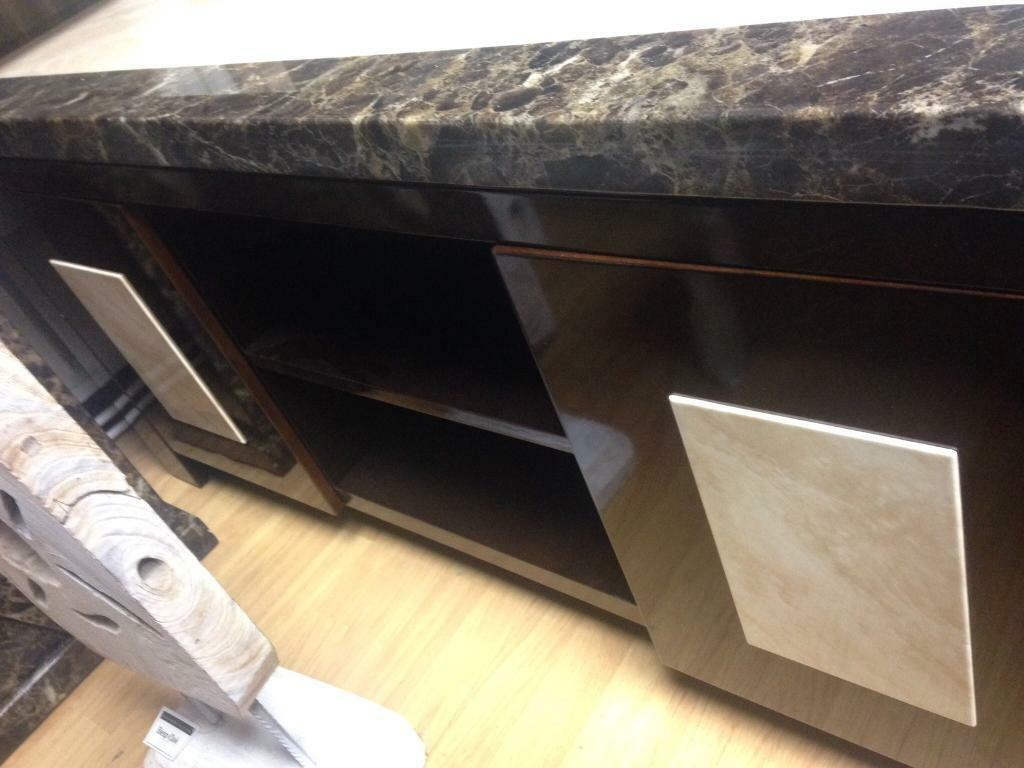 Tenore marble (stone topped) media unit