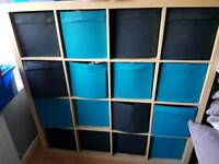 Storage unit with 16 boxes